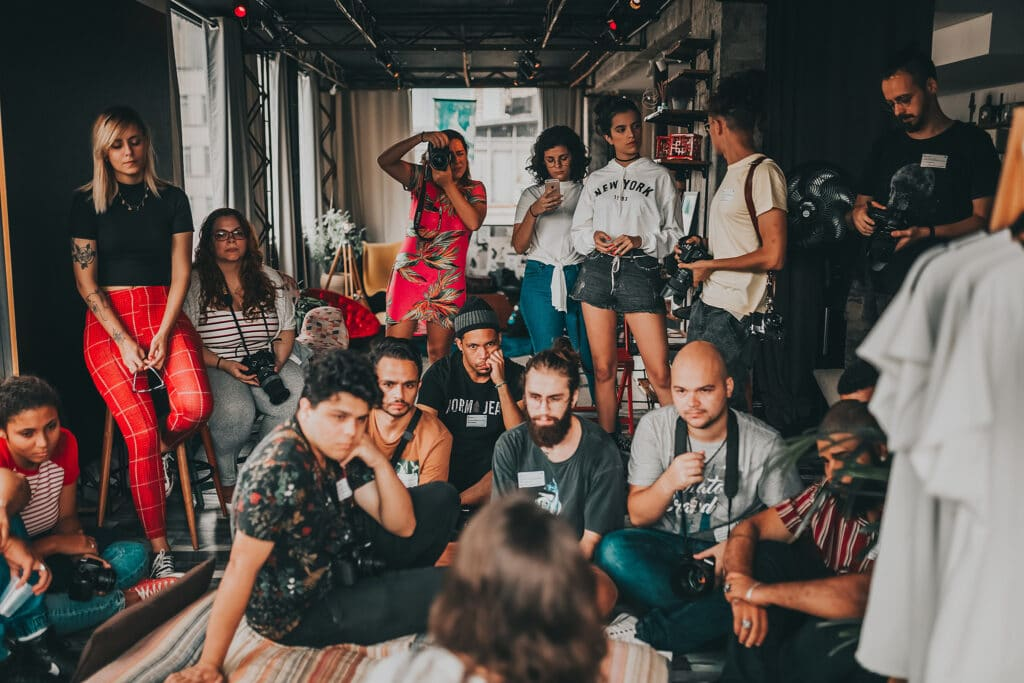 Activists and community organizers gather in São Paulo, Brazil to listen to a scholar-activist working within their community.